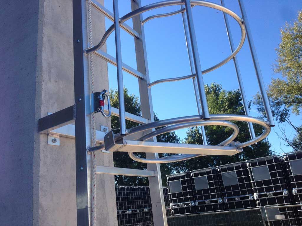 Posa scale di sicurezza per accesso tetti a Verona
